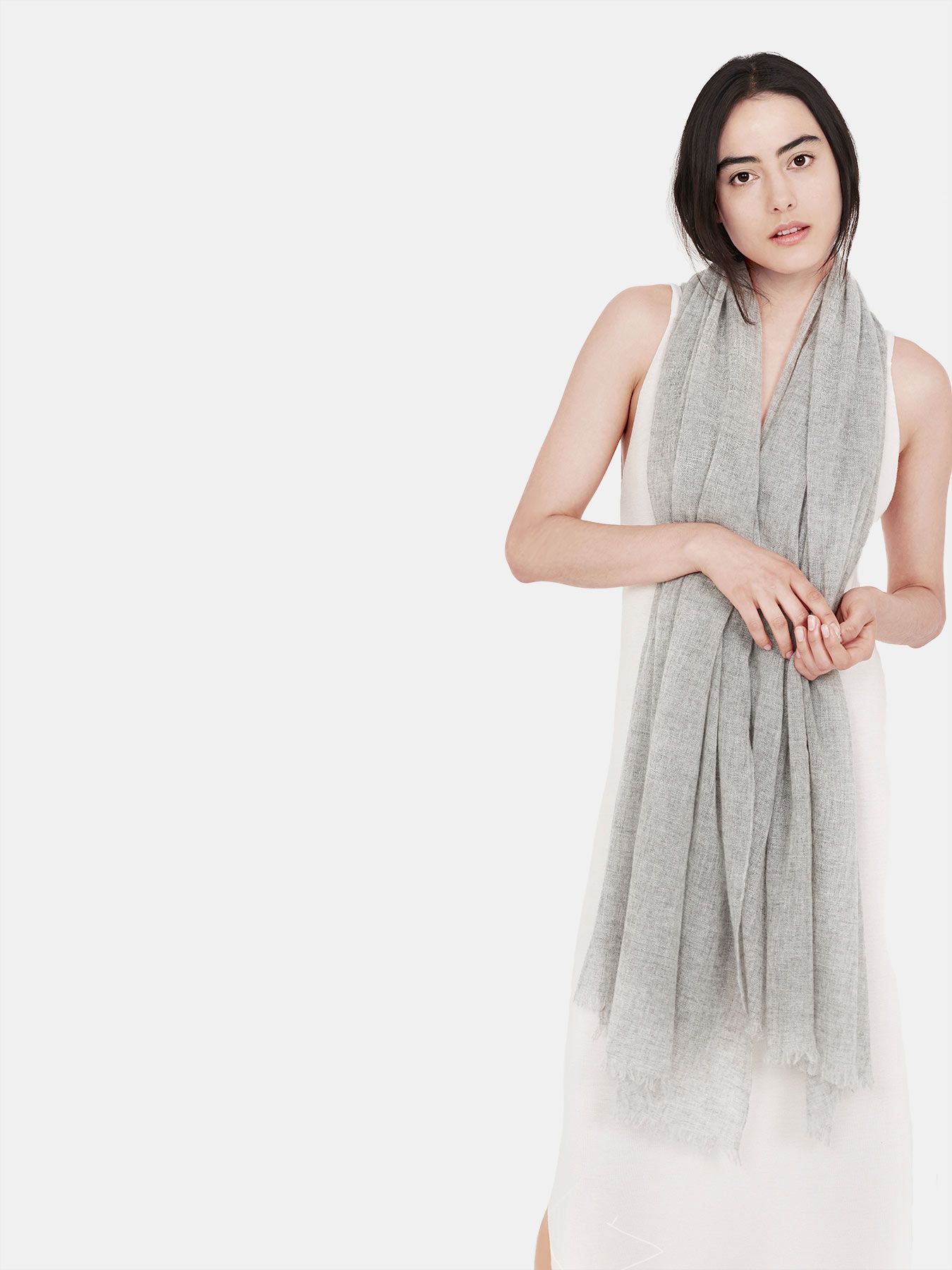 Airy-Cashmere-Shawl-Grey-c