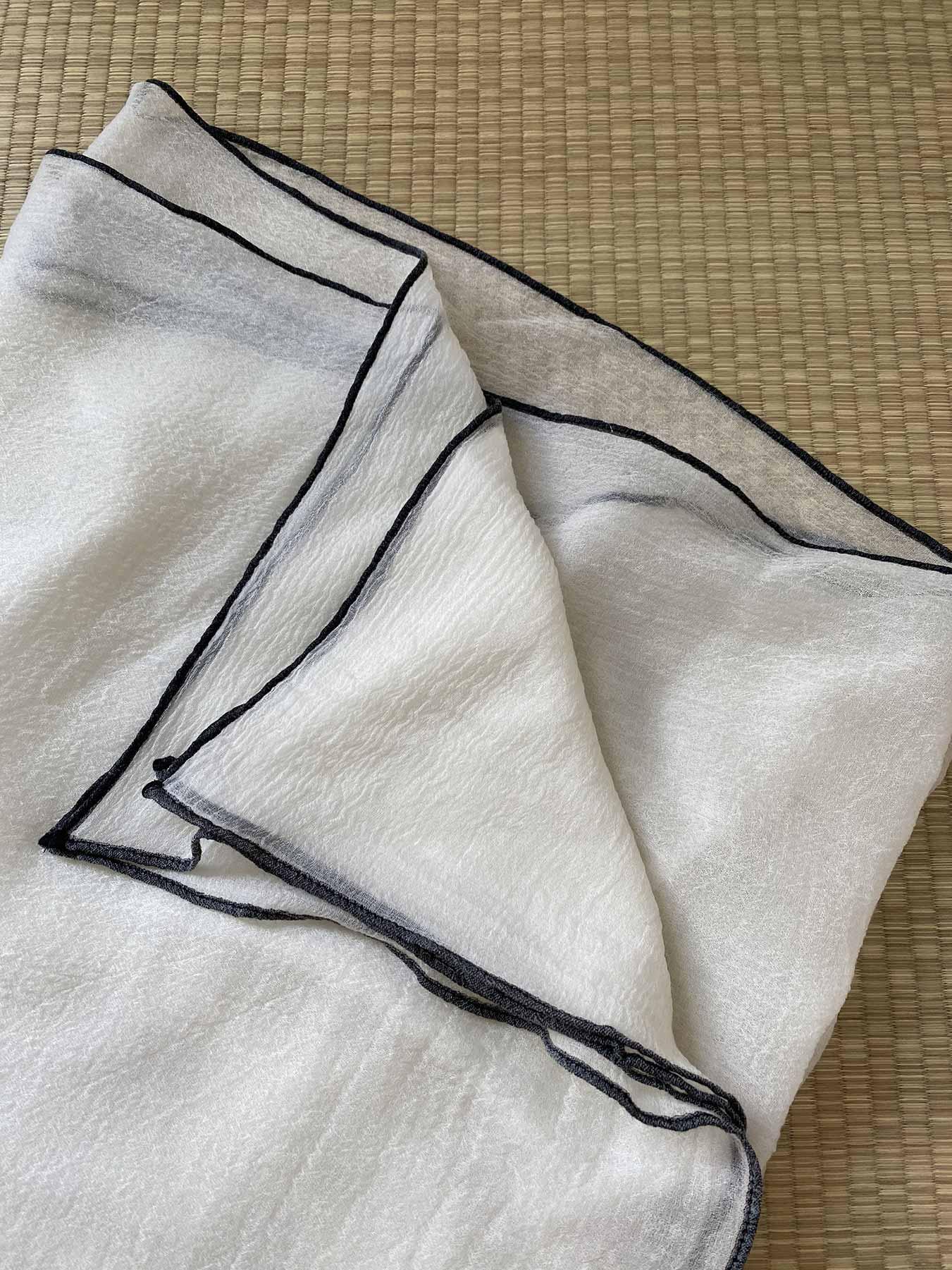 Crepe Wool Shawl Monochrome 3