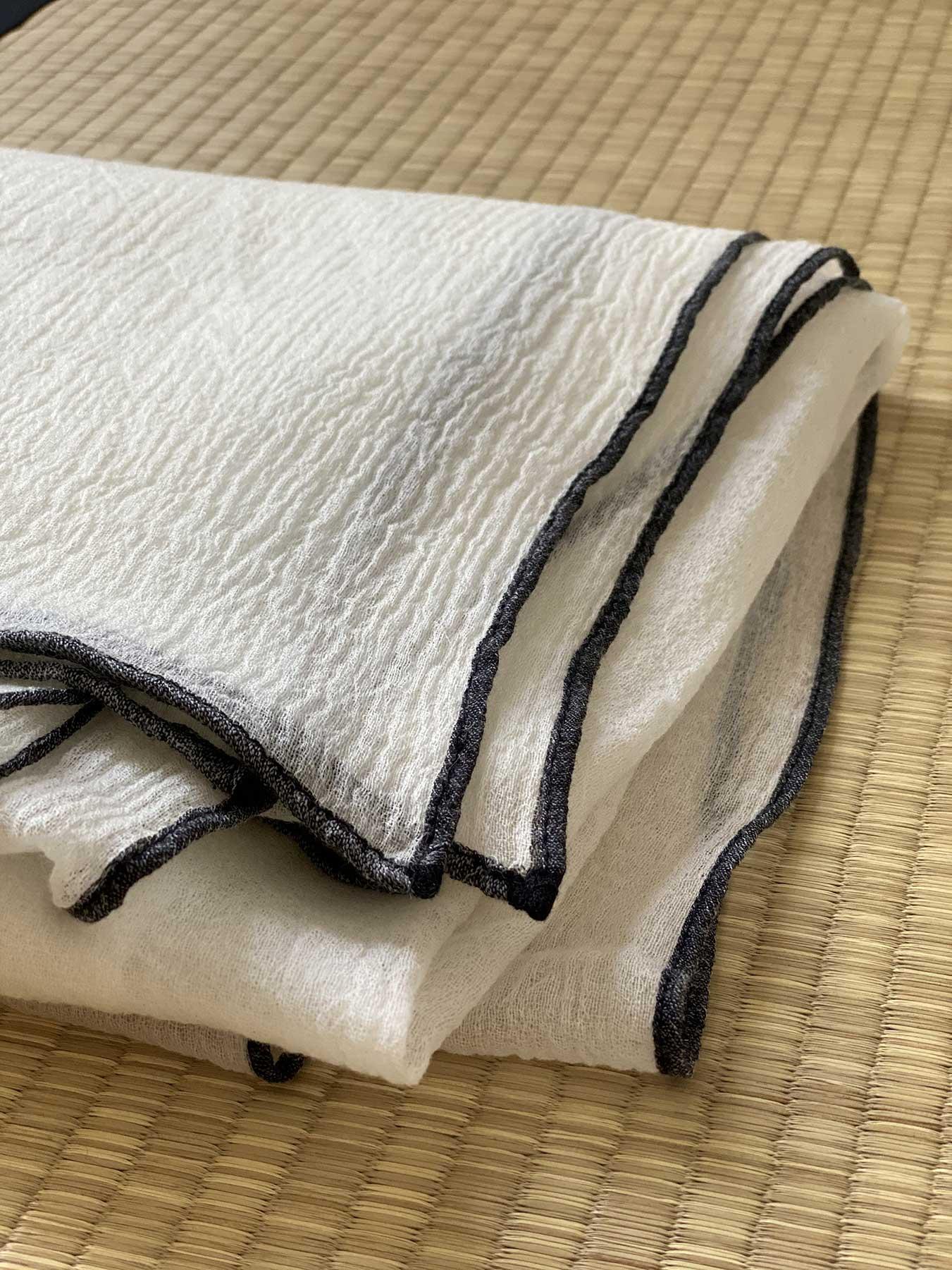 Crepe Wool Shawl Monochrome 5