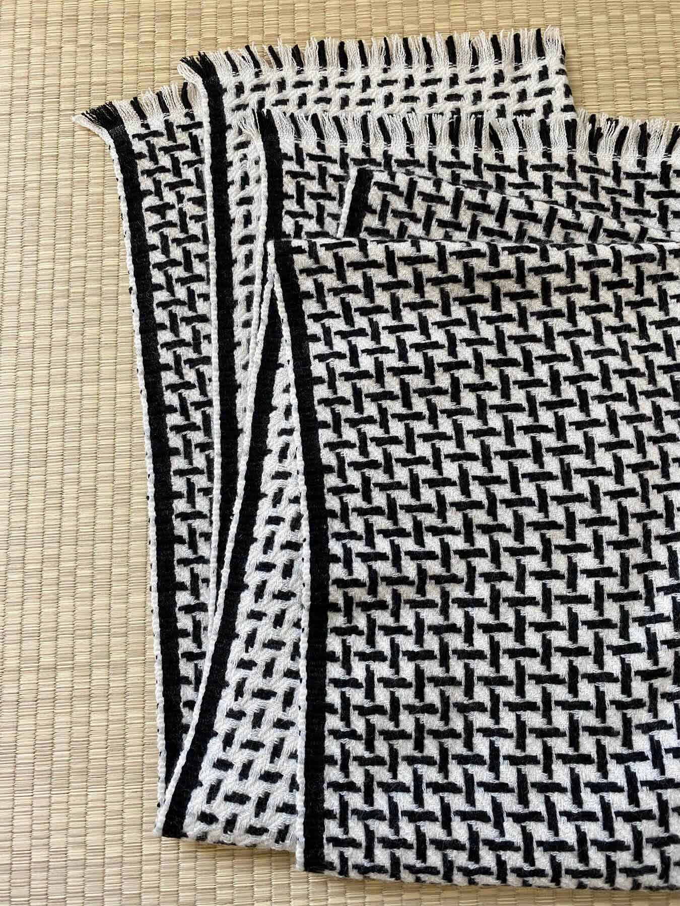 Cross Pattern Twill Cashmere Scarf Monochrome 4