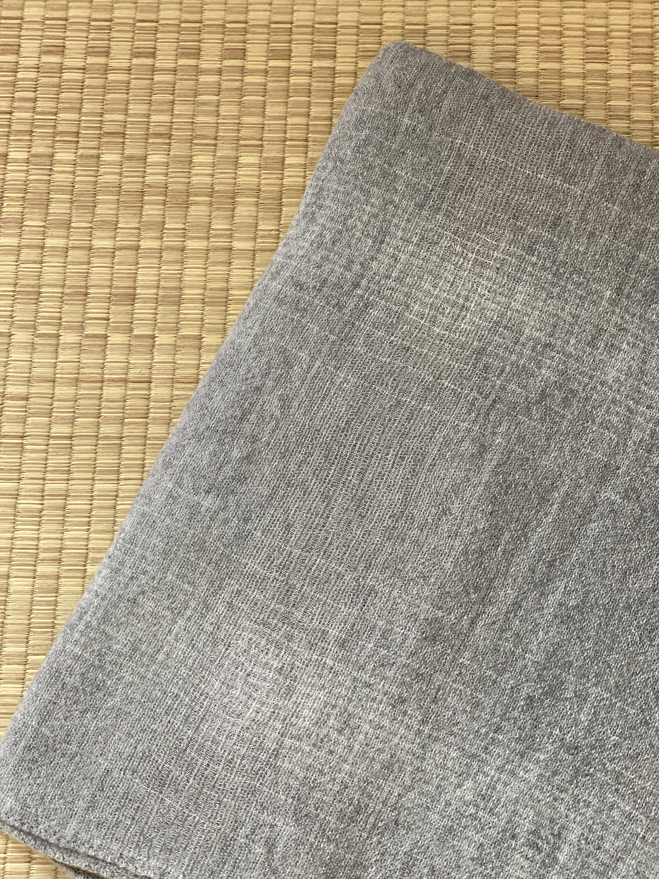 Essential Grey Cashmere Shawl 3