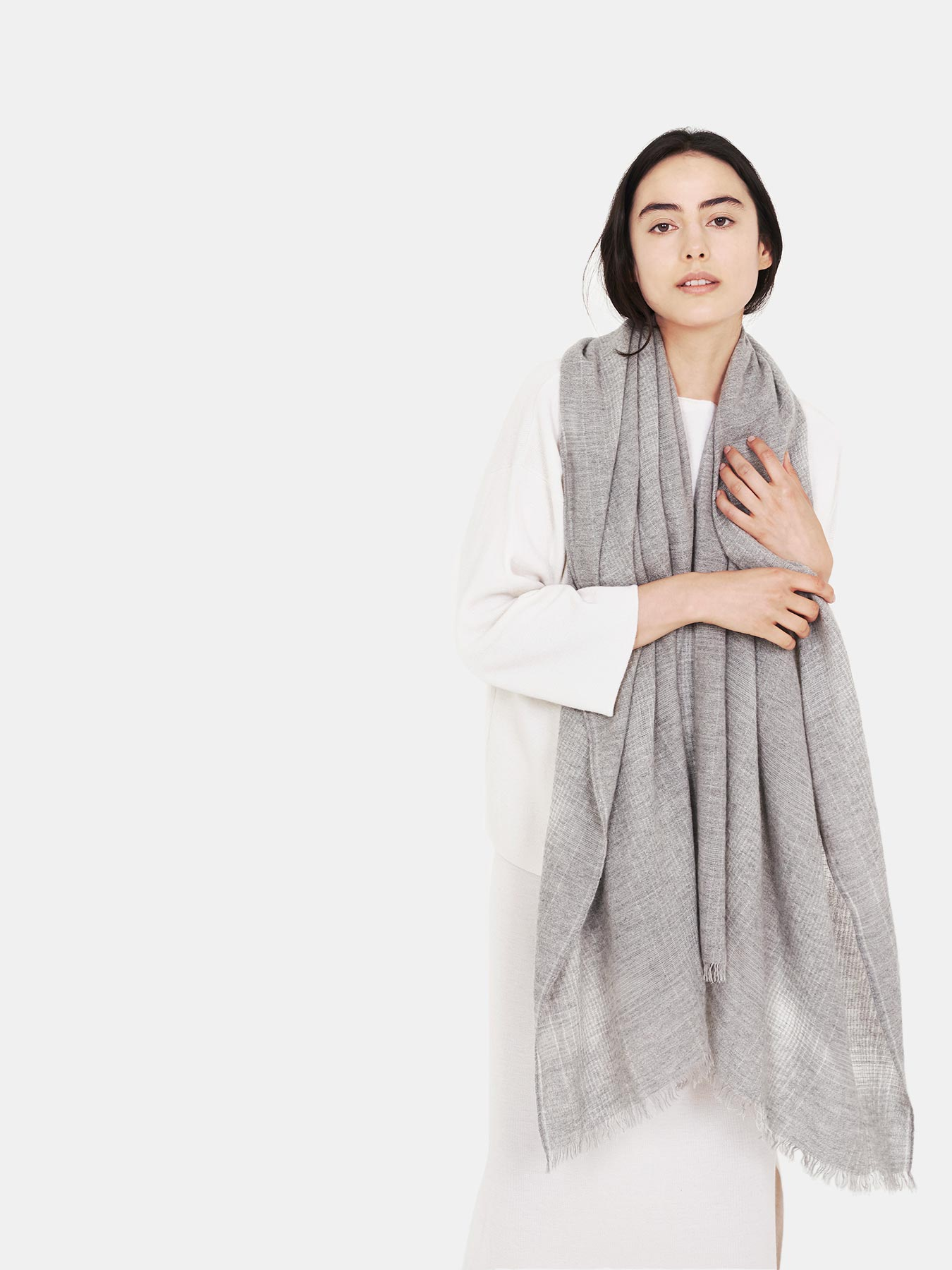 Essential-Grey-Cashmere-Shawl-c.jpg