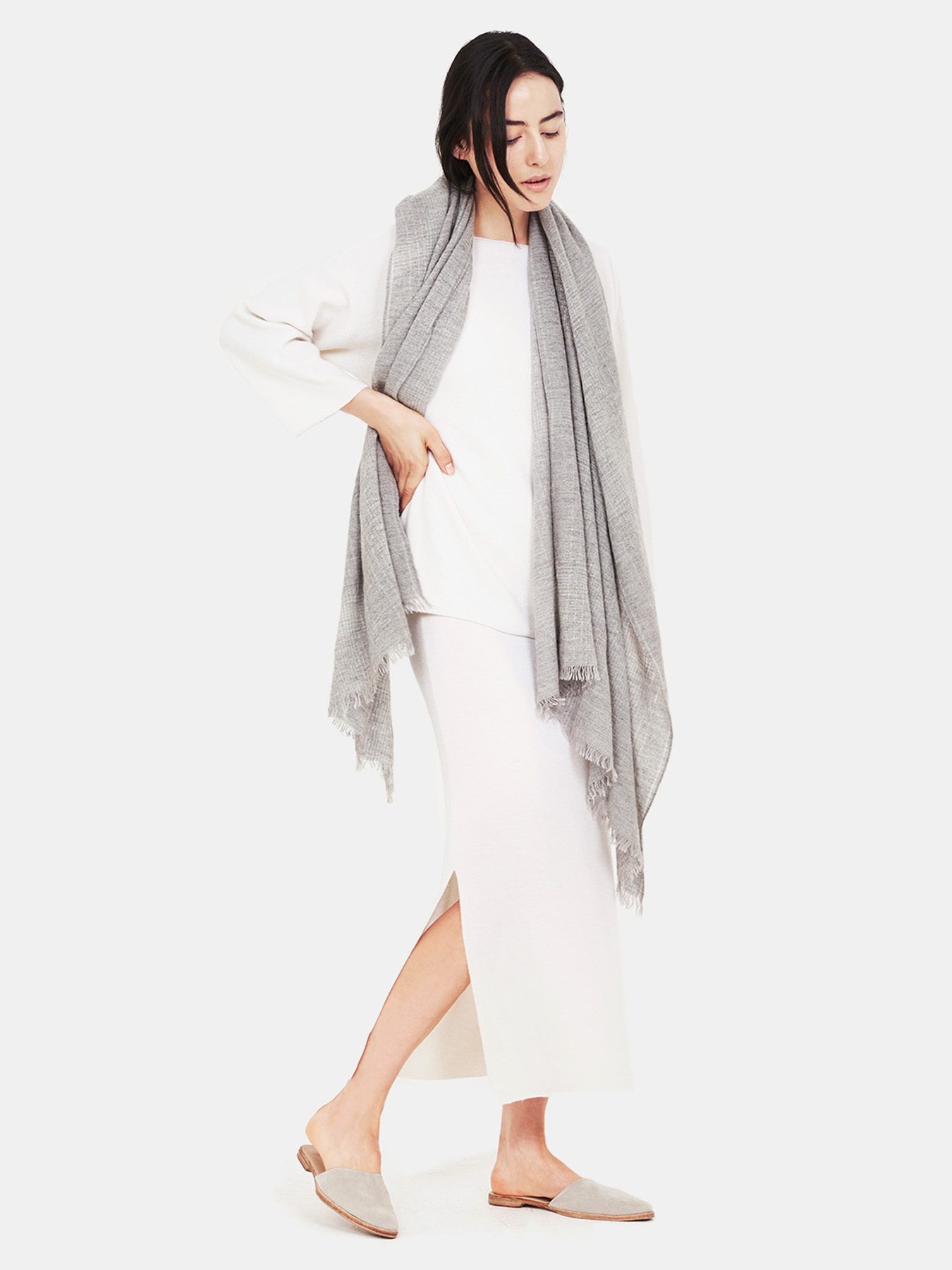 Essential-Grey-Cashmere-Shawl-f20.jpg