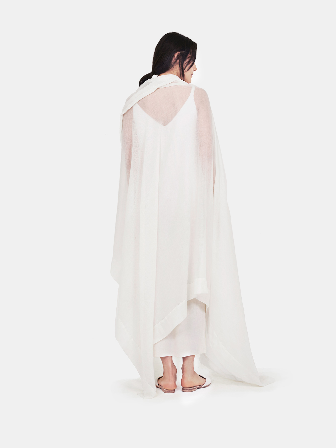 Feather-Cashmere-Wrap-Ivory-b.jpg