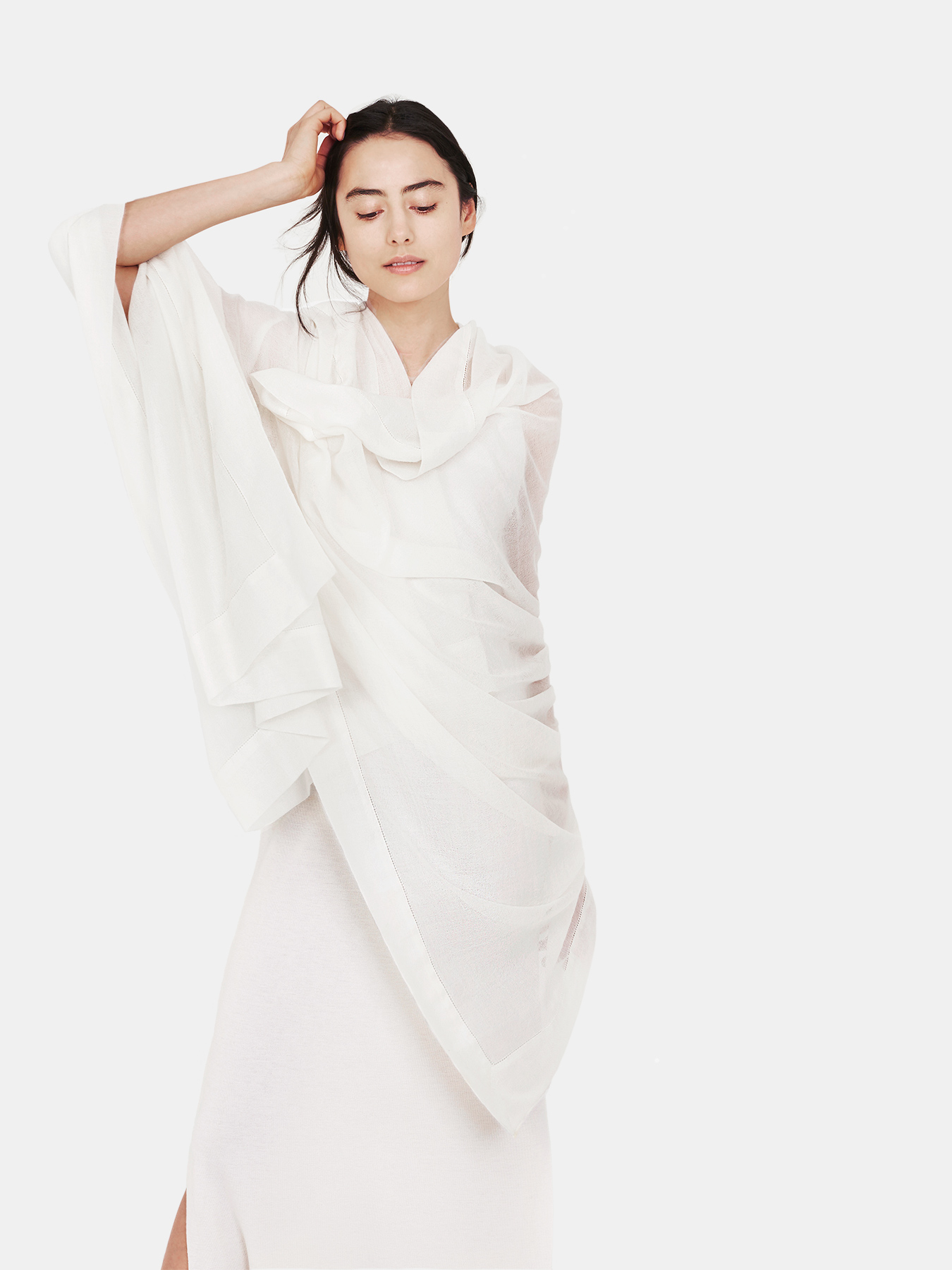 Feather-Cashmere-Wrap-Ivory-c.jpg