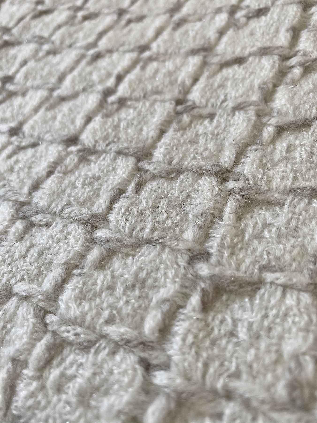 Grid Cashmere Scarf Coconut White 5