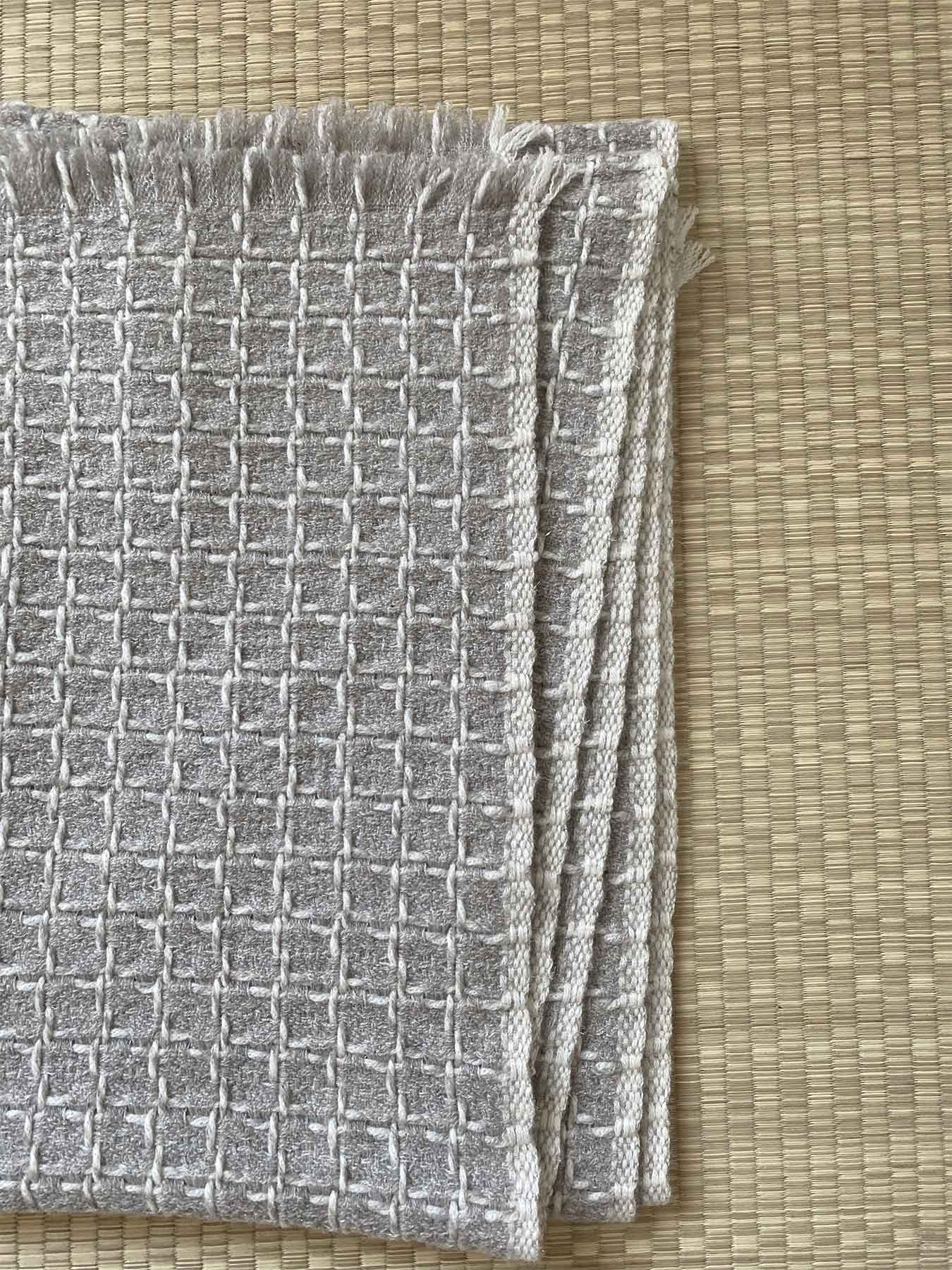 Grid Cashmere Scarf Smoke Grey 6