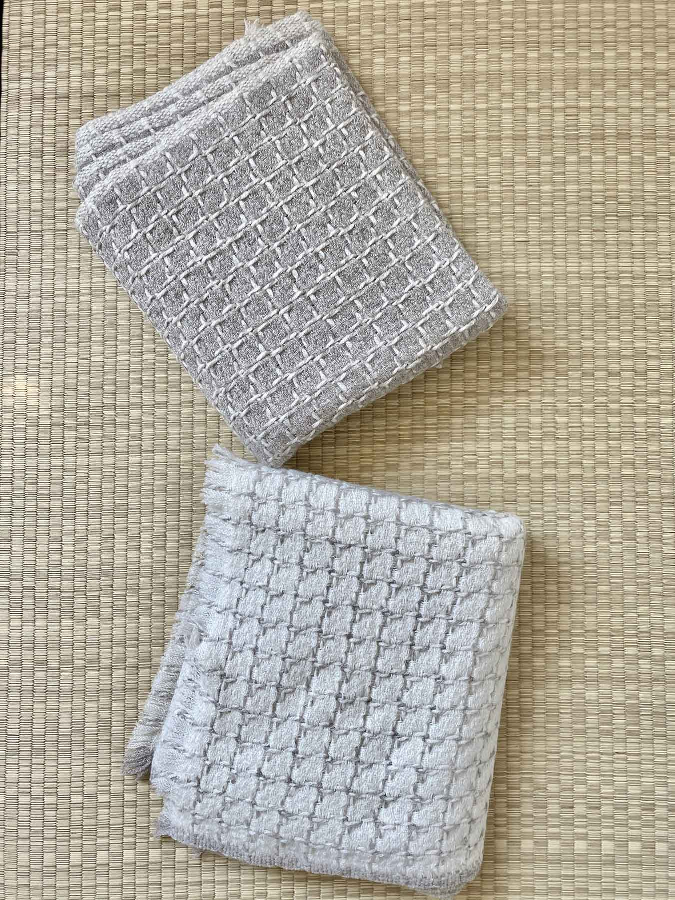 Grid Cashmere Scarf Smoke Grey 8
