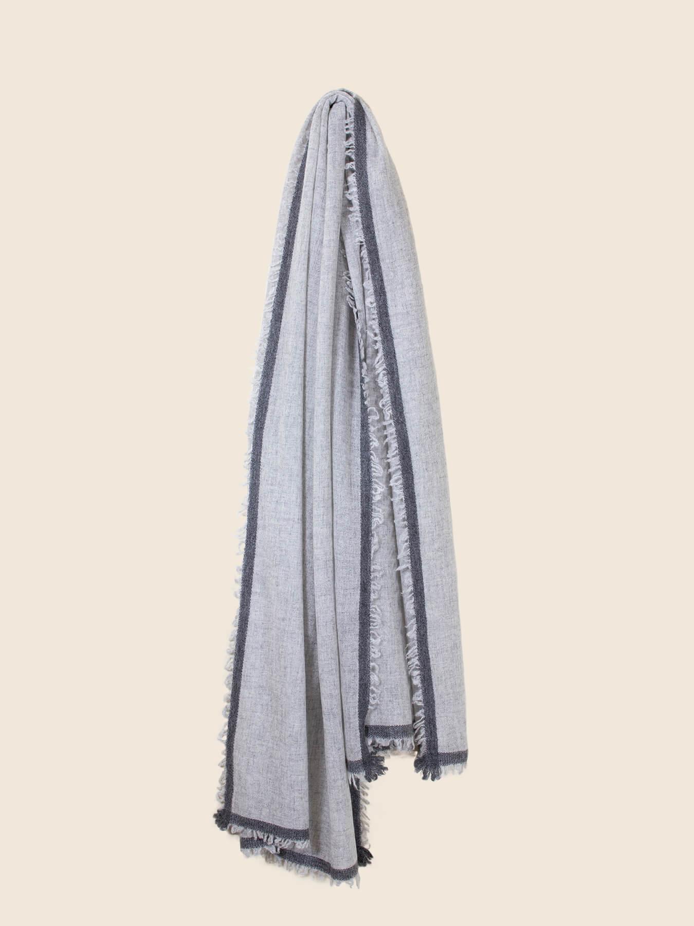 Side Fringe Cashmere Scarf Fog Grey 1