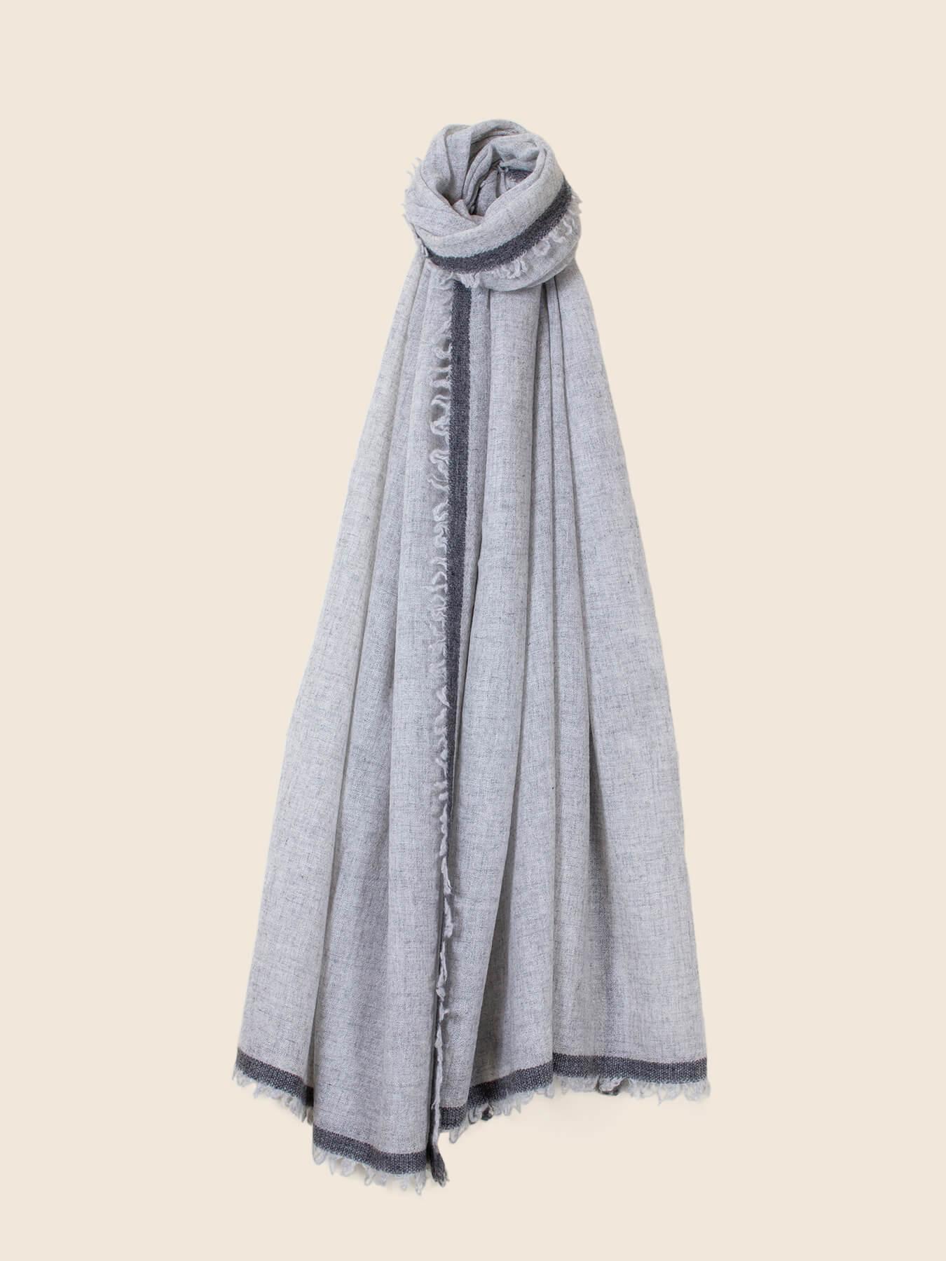 Side Fringe Cashmere Scarf Fog Grey 2