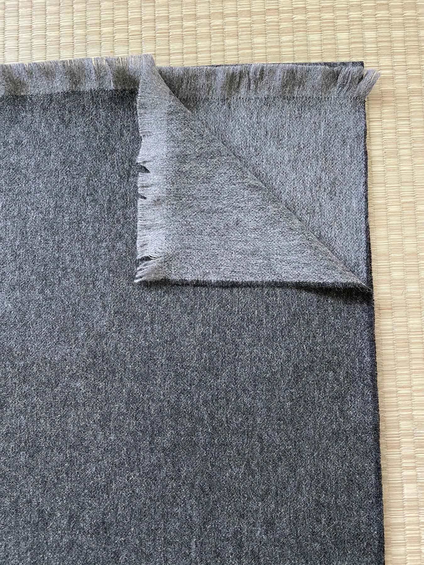 Timeless Reversible Cashmere Scarf Charcoal 3