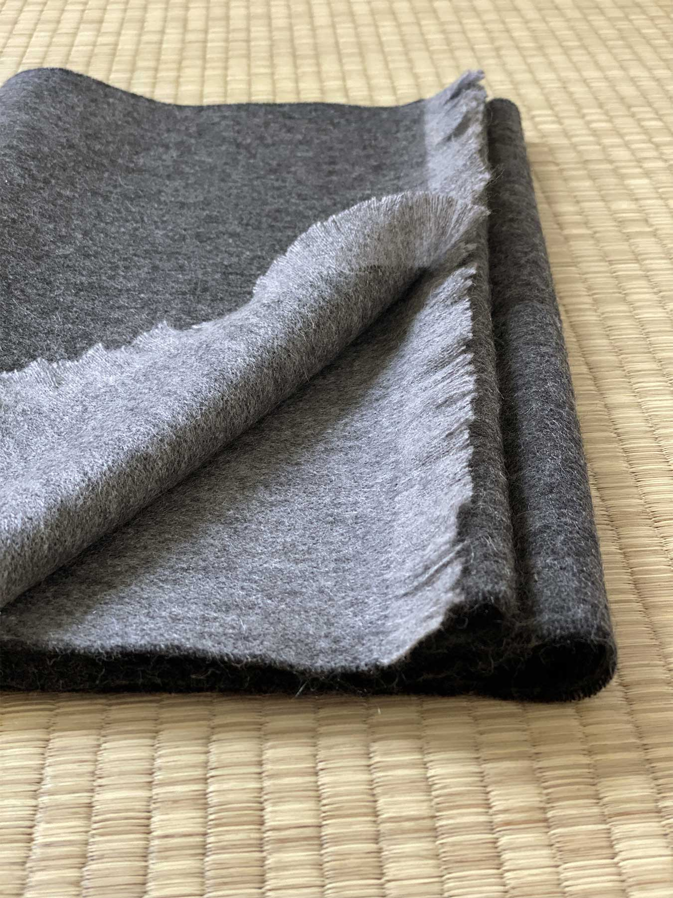 Timeless Reversible Cashmere Scarf Charcoal 5