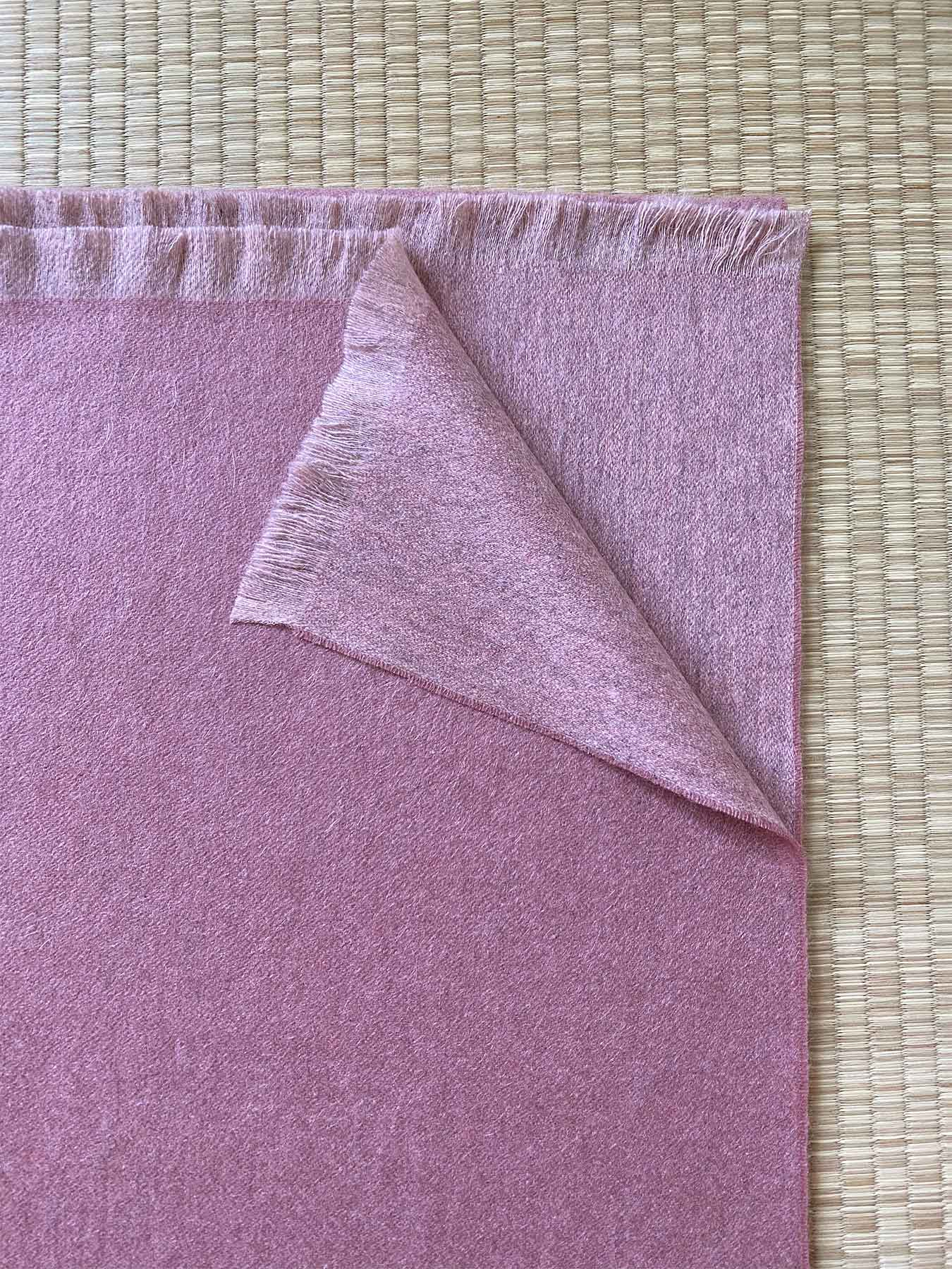 Timeless Reversible Cashmere Scarf Rose 3