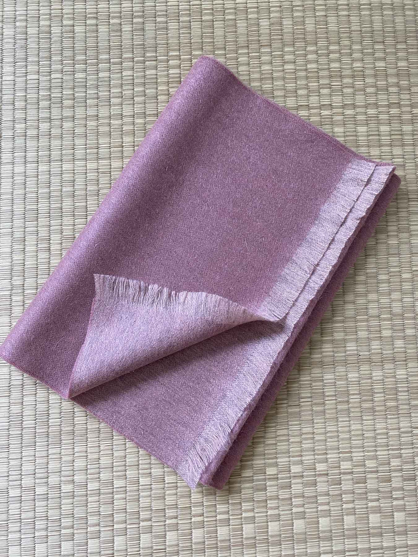 Timeless Reversible Cashmere Scarf Rose 4