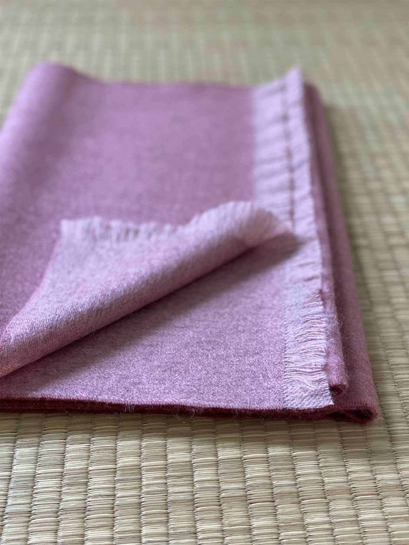 Timeless Reversible Cashmere Scarf Rose 5