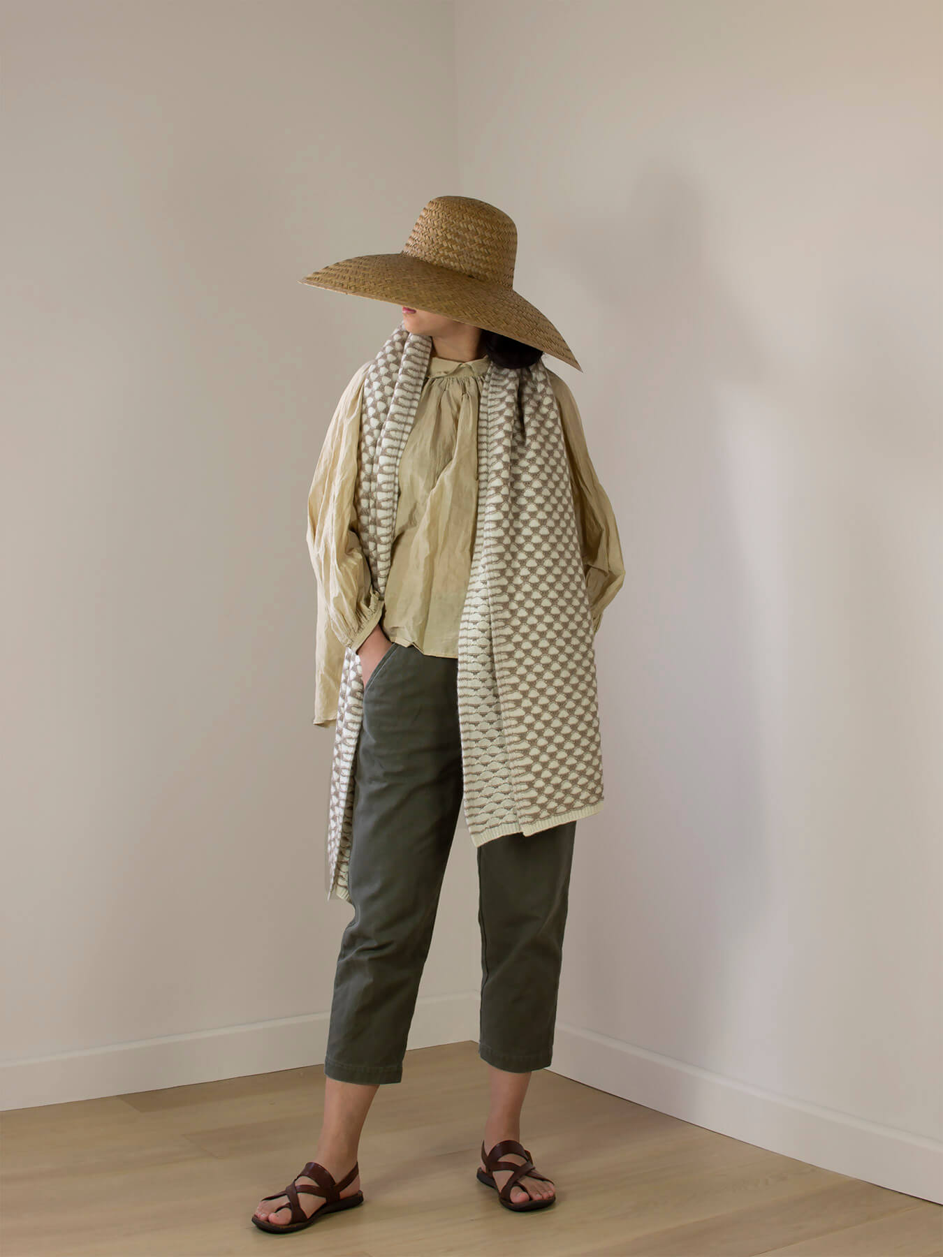 Two-Tone Lattice Knitted Cashmere Wrap 1