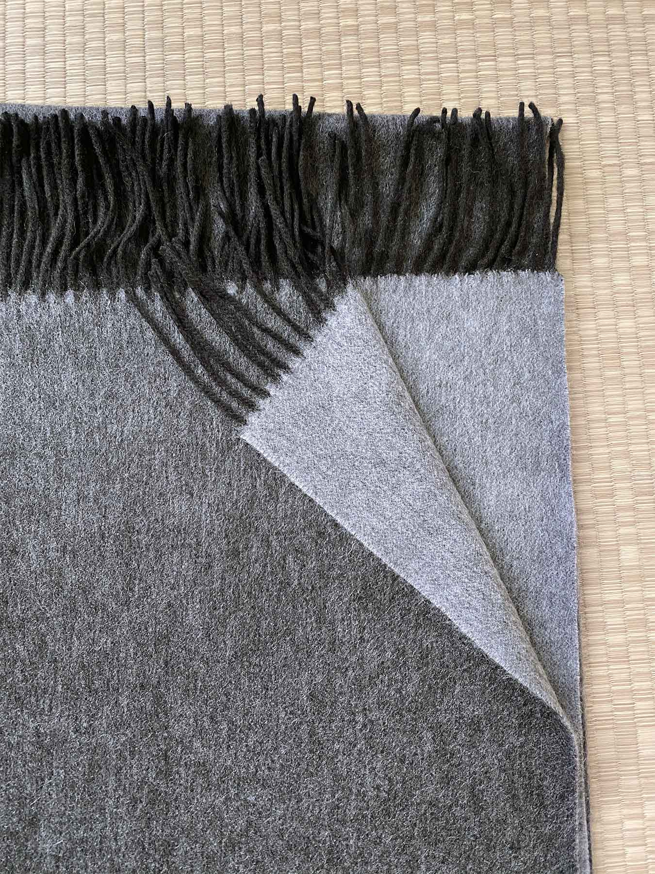 Two-Tone Reversible Cashmere Shawl Charcoal 3