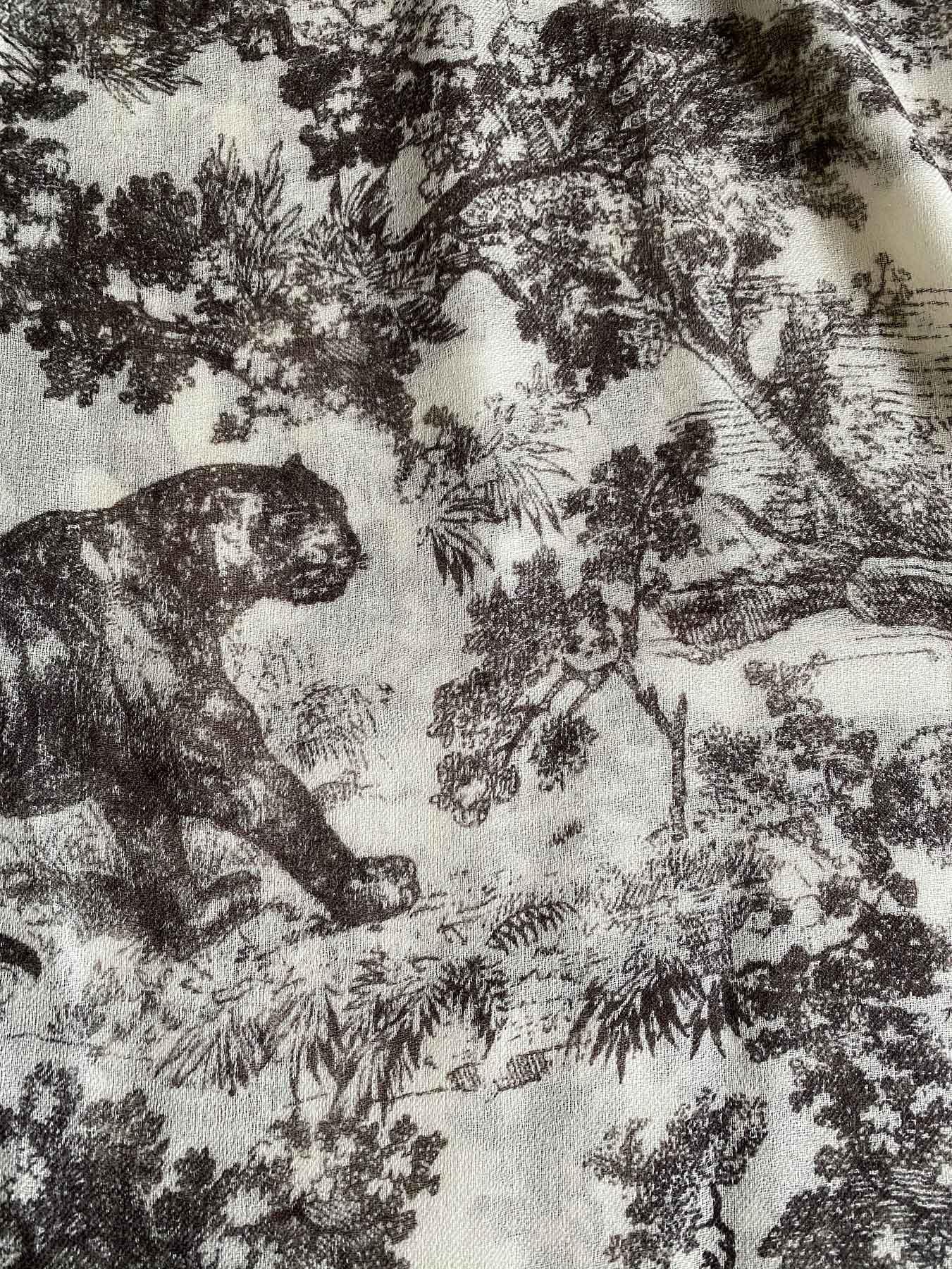 Savanna Prints Cashmere Scarf Black 6