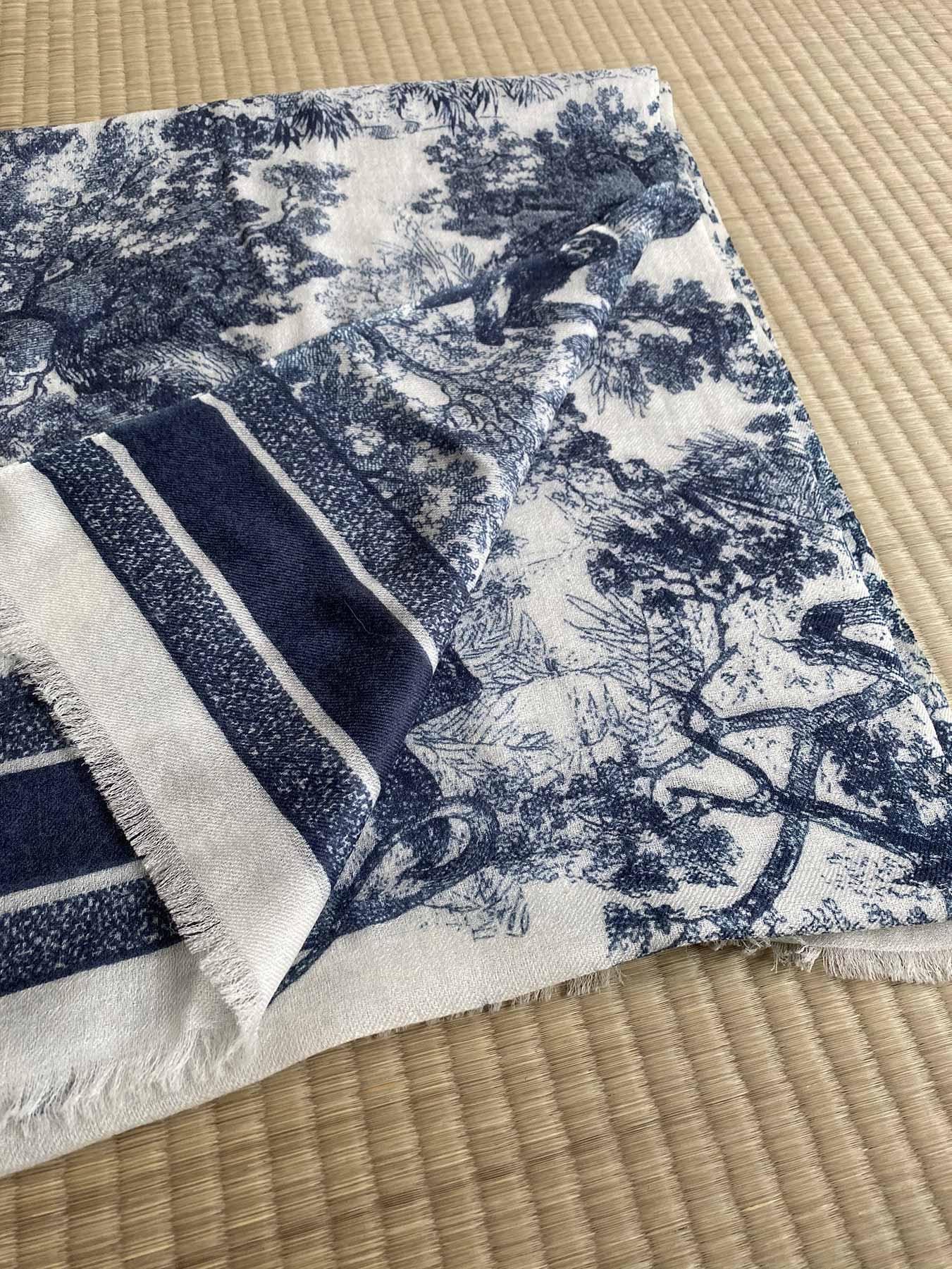 Savanna Prints Cashmere Scarf Blue 3
