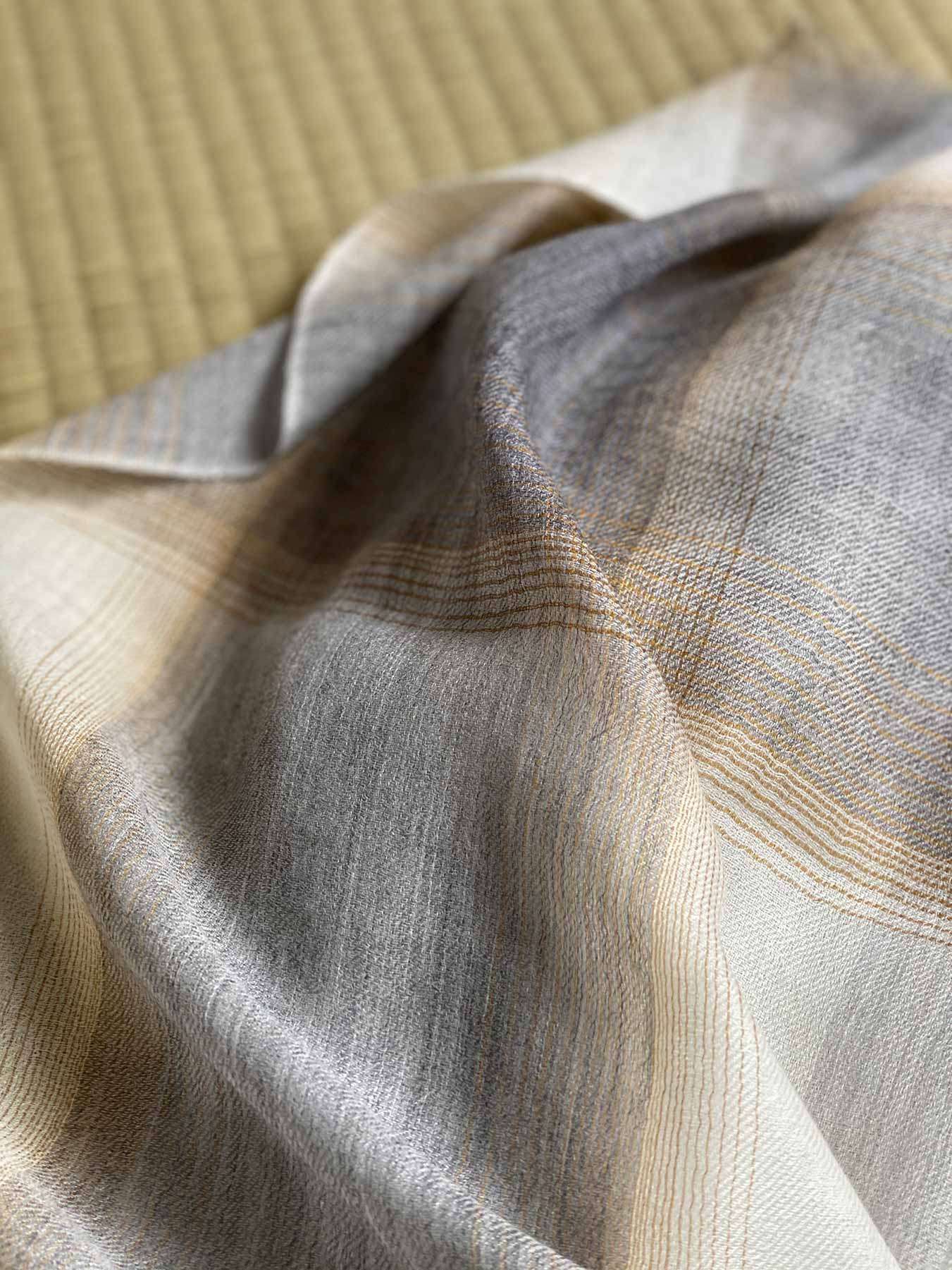 Semi-sheer Cashmere Scarf Grey And Gold 6