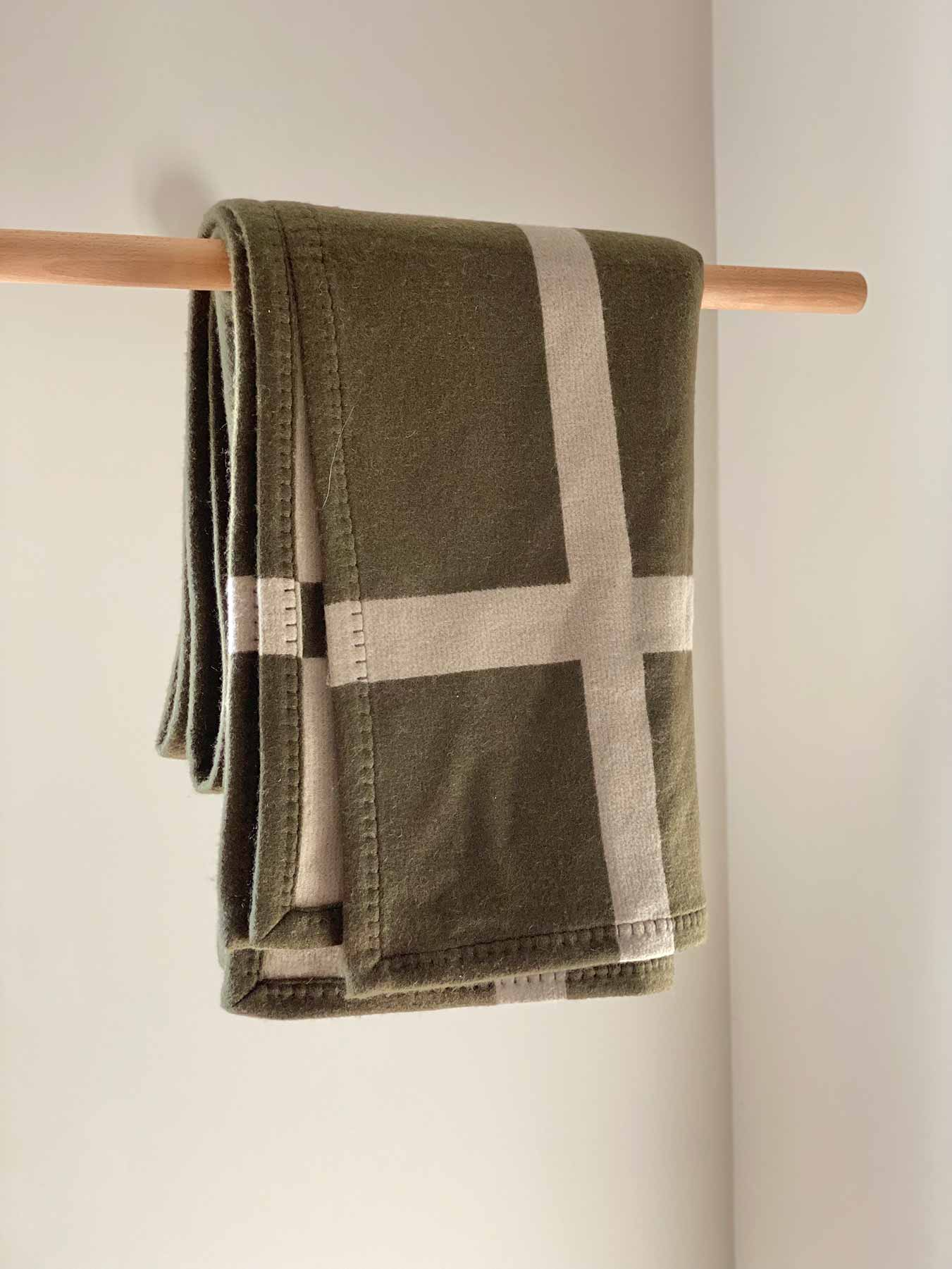 Cashmere Wool Throw Green 2