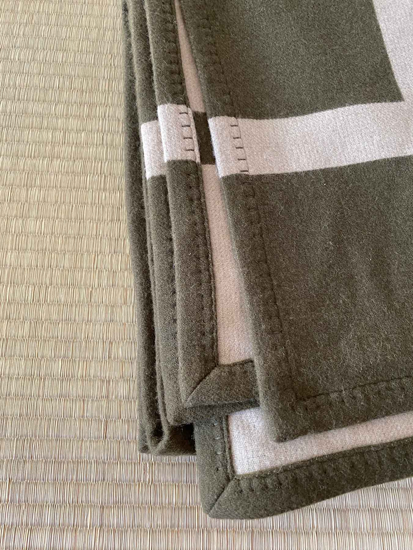 Cashmere Wool Throw Green 3