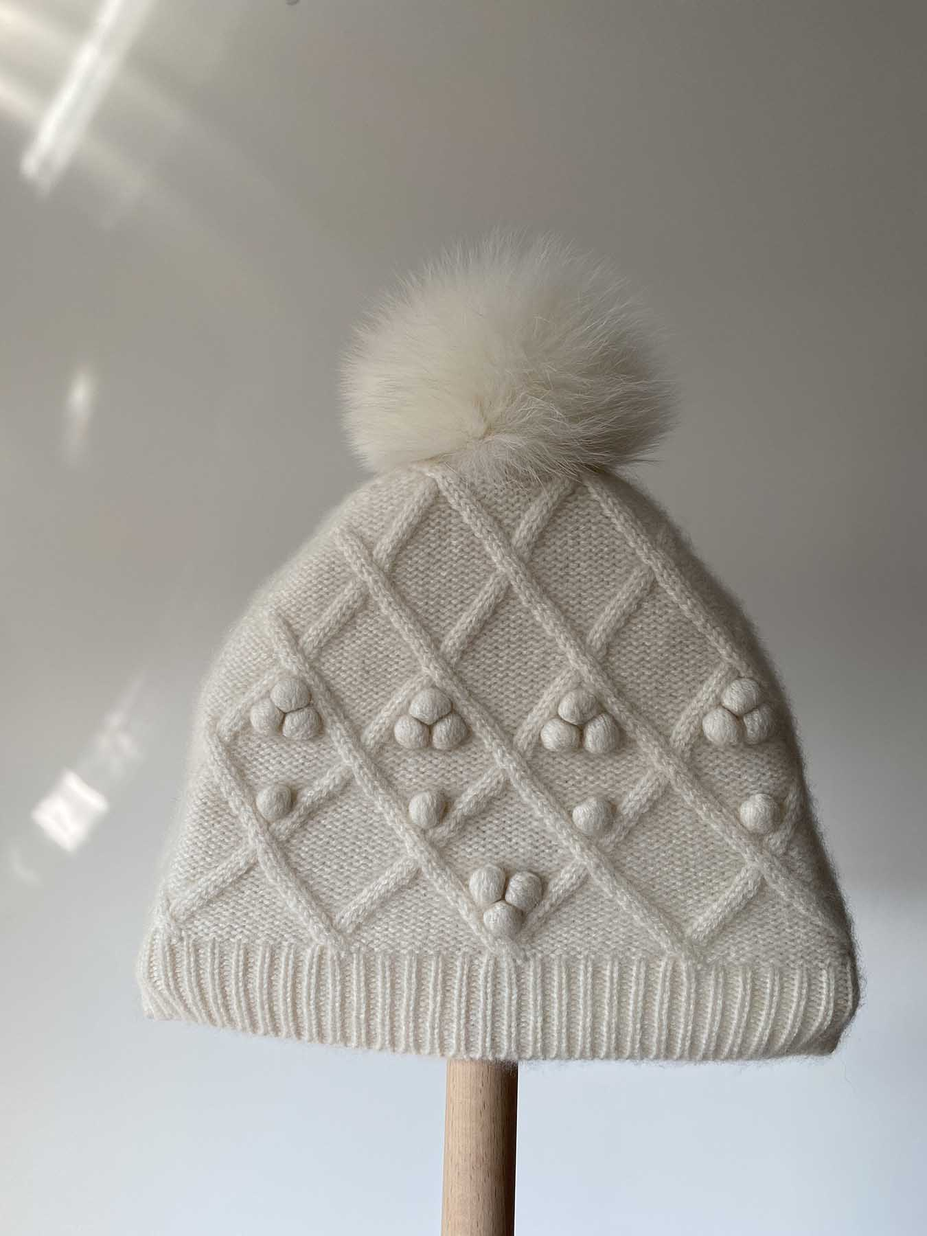 Fox Fur Pompom Cashmere Hat White 2