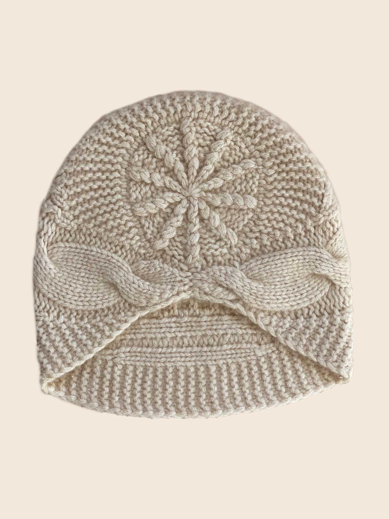 Knitted Cashmere Hat Off White 1