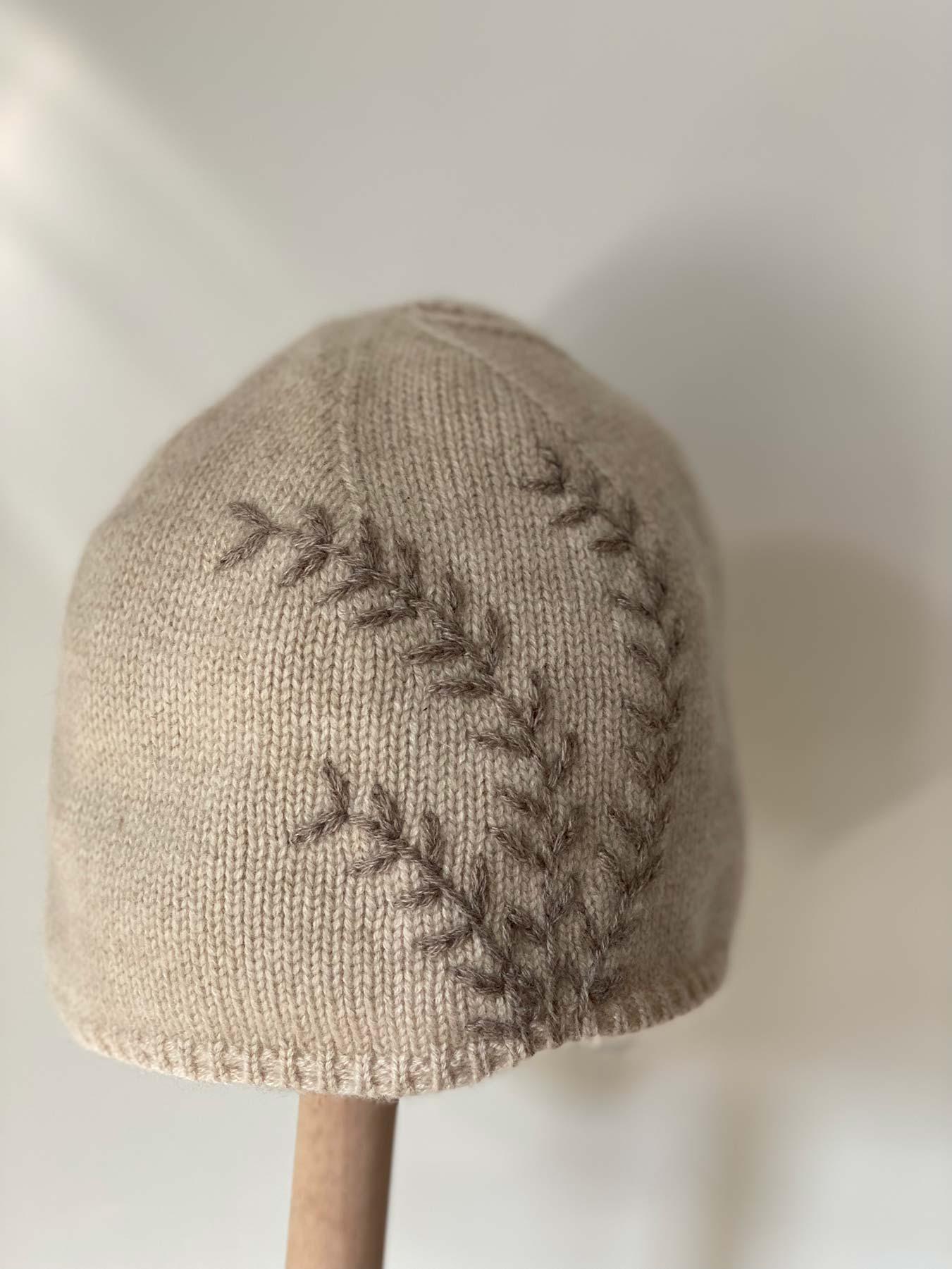 Leaf Cashmere Hat Beige 2